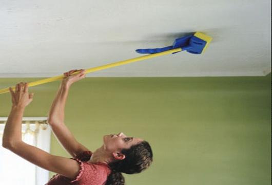 уборка натяжного потолка